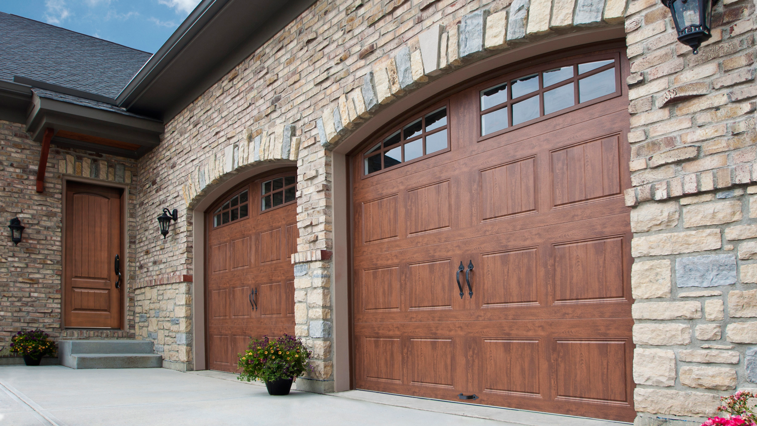 We have numerous garage doors and other parts at the ready at very good pricing. Contact us now to consult with a certified garage door expert. & Garage Door Repair McFarland WI - PRO Garage Door Service